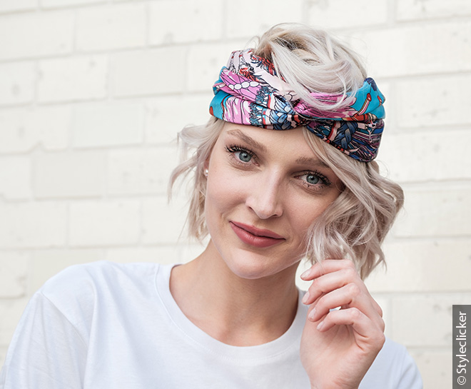660x545_woman-hair-silk_scarf
