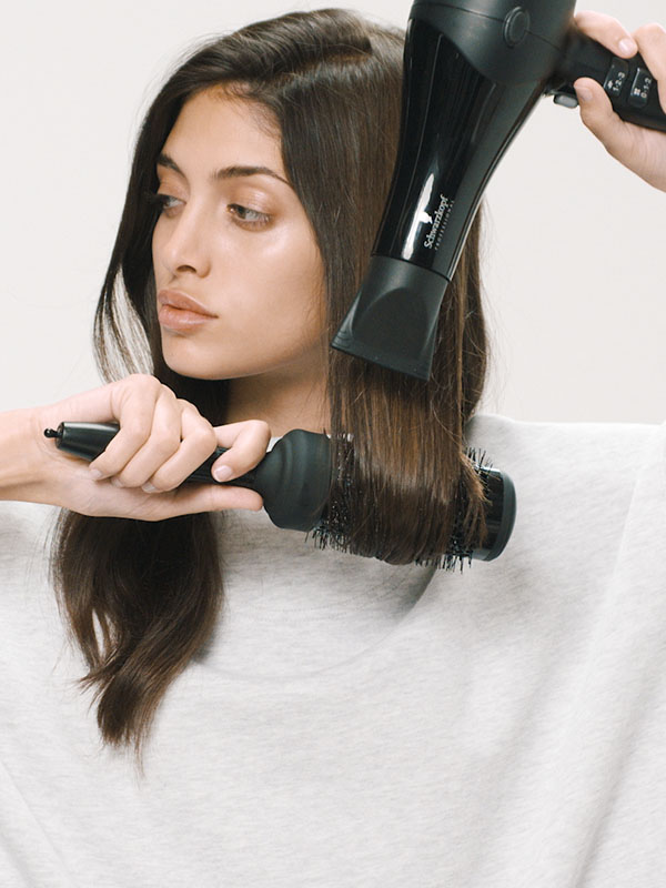 Volume Styling Turn Limp Hair Into Natural Waves