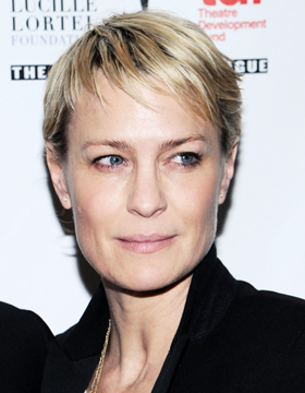 Short Hair Styles for Blondes: Robin Wright