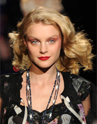 Jessica Stam Wears Beige Blonde Hair