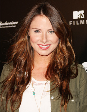 Hairstyles for Brown Hair: Vanessa Evigans