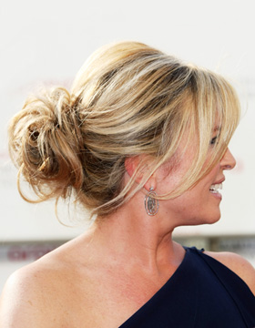 Quick Hairstyles: Tina Hobley