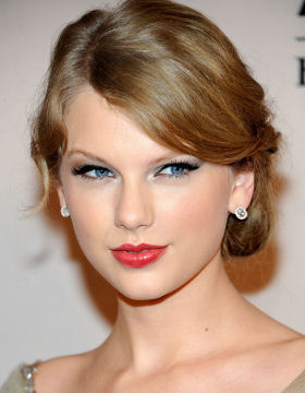 Side Parting Taylor Swift
