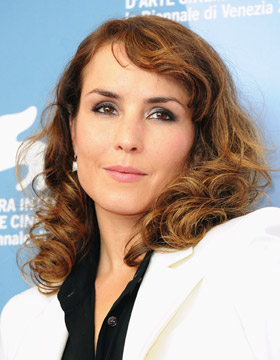 Curls: Noomi Rapace