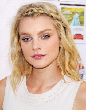 Prom Ball Hairstyles: Jessica Stam