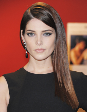Hairstyle with Parting: Ashley Greene