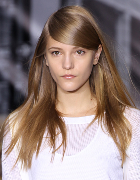 Hairstyle with Parting: Laufsteg DKNY