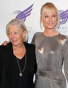 Mother-Daughter Hairstyles: Vanessa Redgrave & Joely Richardson