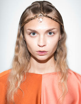 Braided Front Hair with Hair Accessory