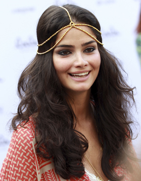 Summer Hairstyles with Accessories: Shermine Shahrivar