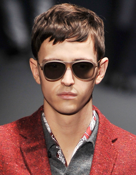 Men's Hairstyles with Fringes: Short and Tousled