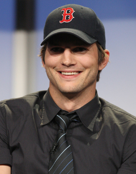 Men Wearing Hats: Ashton Kutcher