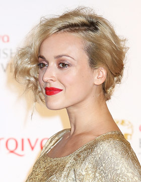 Hair Styling with Wax: Fearne Cotton